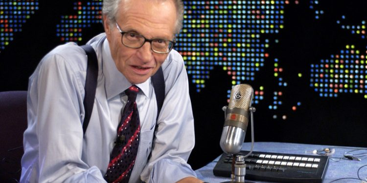 """Larry King during Bette Midler on """"Larry King Live"""" at CNN Studios in Hollywood, CA, United States. (Photo by SGranitz/WireImage)"""